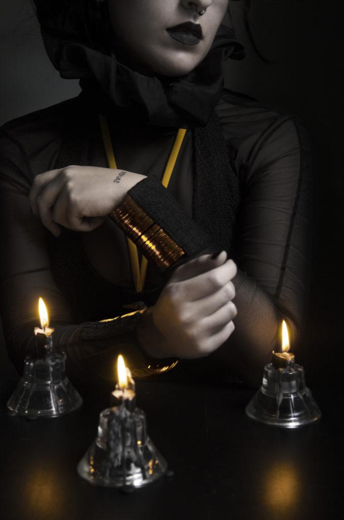 Arte y dark couture Lu Poulain